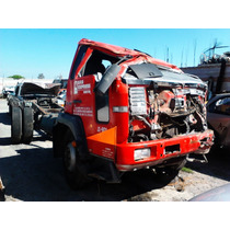Camion Volvo Modelo 2002 Accidentado