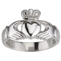 Anillo Corazon Del Amor Buffy Claddagh En Plata Ley 0.925