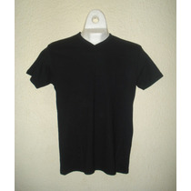 Playera Camiseta Cuello V Negra Slim Fit