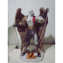 Figura Resina Kratos Con Alas