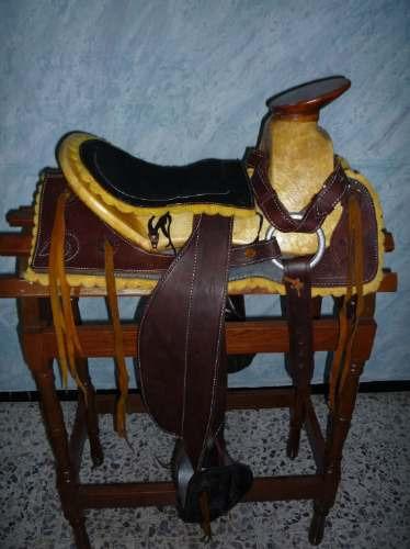 Silla o montura para caballos envio gratis woooow for Monturas para caballos