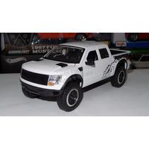 1:24 Ford F-150 Svt Raptor 2011 Blanco Jada Toys Display