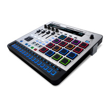 Nuevo M-audio Trigger Finger Pro Controlador Software Usb Dj