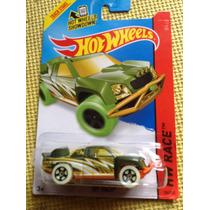 Hot Wheels Off Track Treasure Hunt 2014