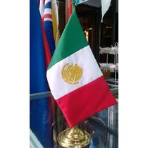 Bandera Mexico Escritorio 15x25 Bordada Dorado Con Asta
