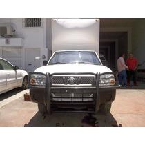 Nissan Estacas Caja Seca 2011 Std Bca