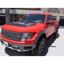 Ford Raptor Svt Color Rojo.
