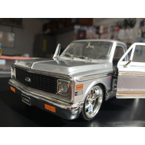Camioneta Chevrolelet A Escala 1:24 Modelo 1972 Colletion
