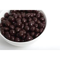 Granos De Cafe Cubiertos Con Chocolate