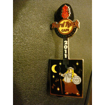 Hard Rock Cafe Pin Guitarra Opera Vikinga Hollywood 2011...