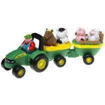 Suena Ertl John Deere Animal Hay Ride