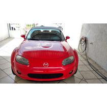 Impactante Mazda Mx-5 Rojo Pasión