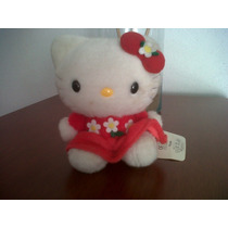 Tierna Y Hermosa Hello Kitty De Peluche, Original 13 Cms.