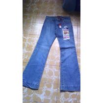 Jeans Talla 7. Marca Miss Cocoa Con Bordado Lateral