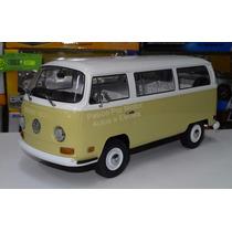1:18 Volkswagen Type 2 1971 Beige C Bco Combi Greenlight