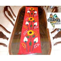 Hermosos Caminos De Mesa Bordados Por Artesanas De Chiapas!