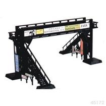 Tren Maqueta Esc. Ho Puente Peatonal / Bachmann Athearn