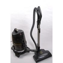 Aspiradora Robot Turmix Con Cepillo Alemán Motorizado340 Vv4