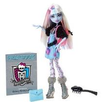 Monster High Imagen Día Abbey Bominable Muñeca