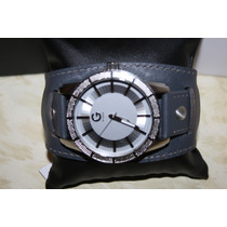 Reloj Caballero Guess Color Plata Estencible Piel Gris