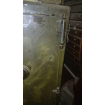 Caja Fuerte Antigua. 300kg. Para Reparación.