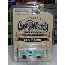 1:64 Dodge D-100 Sweptline 1964 Gas Monkey Garage Greenlight