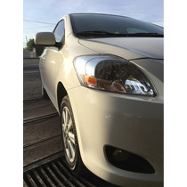 Toyota Yaris 4p Sedan Premium 1.5 Man 2014