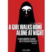 Una Chica Camina A Casa Solo Por La Noche (farsi) (anamórfic