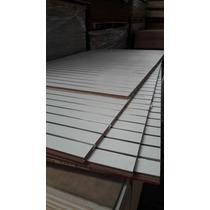 Panel Ranurado Blanco Vertical Con Aluminio. 1.22 X 2.44 M.