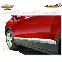 Sticker Tipo Moldura Lateral Para Puertas Chevrolet Trax