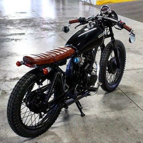 motos cafe racer yamaha 125cc aprovecha 22999. Black Bedroom Furniture Sets. Home Design Ideas