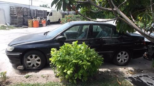 Dodge H100 2001