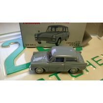 Toyota Publica Dx De Tomica Limited Vintage 1:64