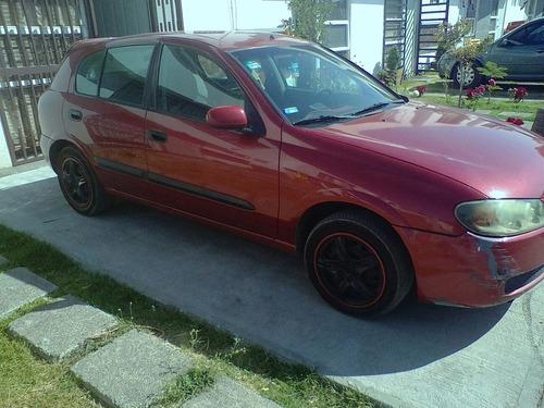 Nissan Almera 2004 Foto 4