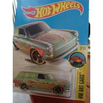 Hotwheels Custom 69 Volkswagen Squareback