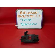 Kawasaki Ninja Ex 300 13-15 Tapa Bateria