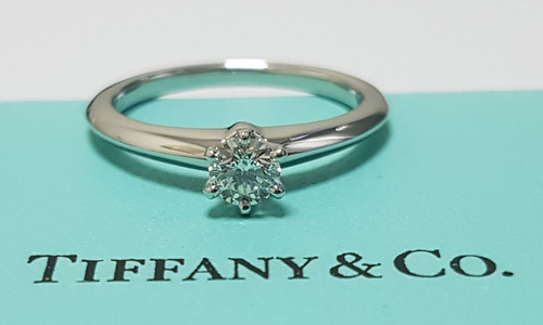 3ece0fe5da81 Tiffany   Co. Anillo De Compromiso Oportunidad!!!