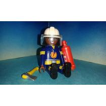 Playmobil Capitán De Bomberos Afro Con Extinguidor Y Hacha