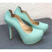 Zapatillas De Piel Color Menta.