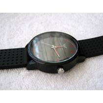 Excelente Reloj Emporio Armani Negro / Rojo Subasta 1 Peso