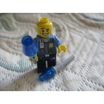Lego Police Officer Museum Break