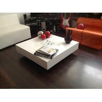 Elegante Y Moderna Mesa De Centro Minimalista