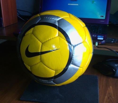 Balon Nike Total 90 Freestyle Numero 5 Nivel De Entrenamient a6271486691d6