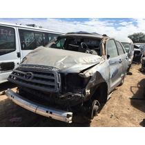 Toyota Sequia 2013 5.7l V8 Accidentada Solo Por Partes