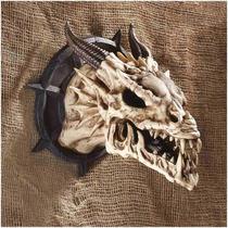 Cráneo De Dragón Design Toscano Horned Dragon Skull Wall