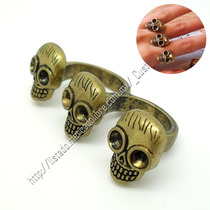 Anillo Doble Calaveras Color Oro Viejo Ajustable Punk Dark
