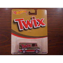 Hot Wheels Pop Culture Chocolate Twix Combat Medic