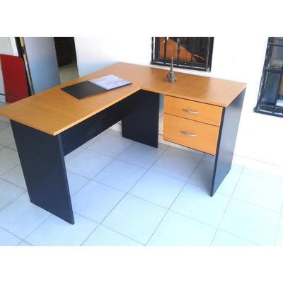 Escritorio en l con 2 cajones muebles de oficina 2 600 for Muebles de escritorio precios