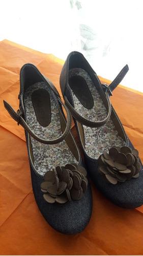 Zapatos Nuevos Color Azul Marino Con Flores 1f6891308ea3