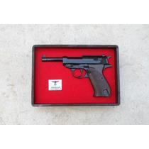 Réplicas De Pistolas Clásicas En Caja De Exhibición